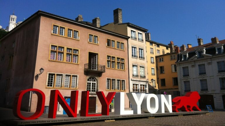 Culture, Gastronomy, Beaujolais wine and Lyon citybreak experiences with