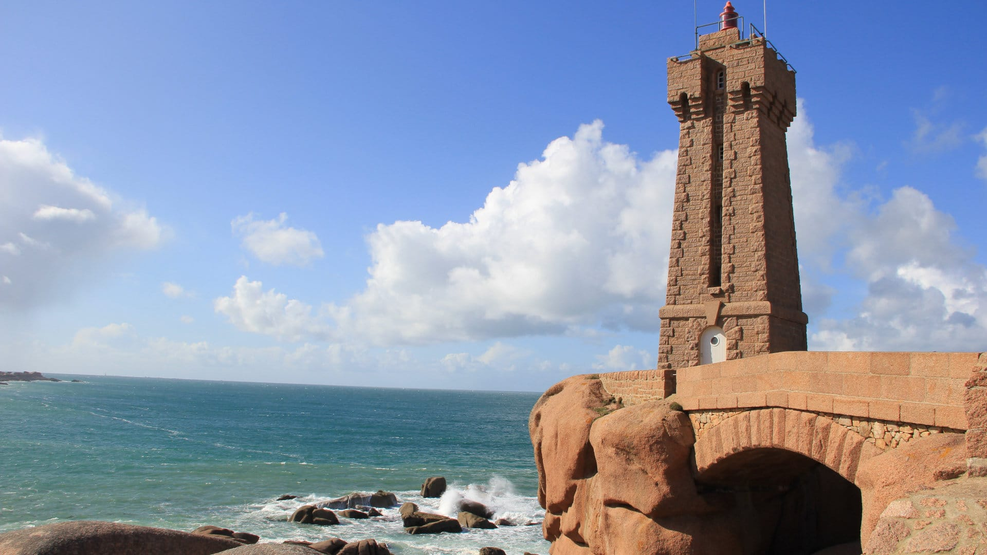 HOLIDAYS IN FRANCE: TRAVEL AROUND BRITTANY CHARM AND CHARACTER HOTELS