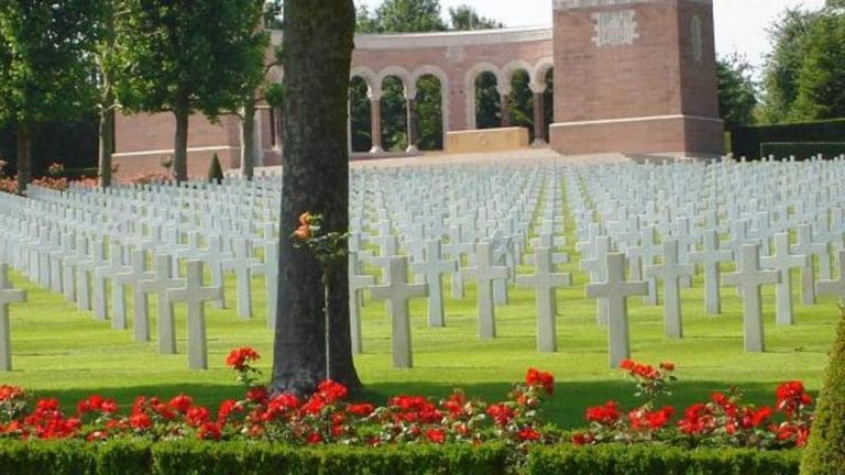 Cycling on the WW1 frontline: French Castles, US History and Champagne